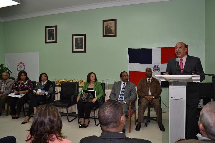Salud Pública vigila aplicación iniciativas para cumplir con Objetivos del Milenio