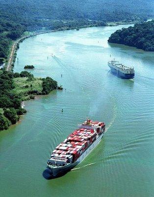 China negocia en Colombia construir una alternativa al canal de Panamá