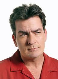 Charlie Sheen se divorcia y desaconseja el