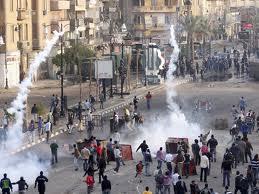 Partidos y contrarios de Mubarak se enfrentan en Alejandría