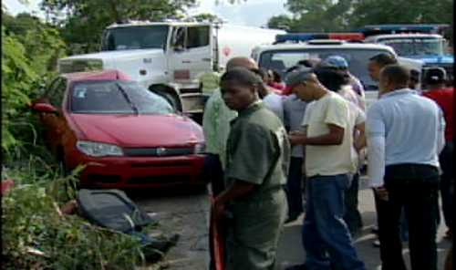Tres mujeres mueren atropelladas por camión en la Jacobo Majluta