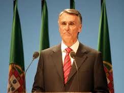 Cavaco: Portugal debe dejar de vivir por encima de sus posibilidades