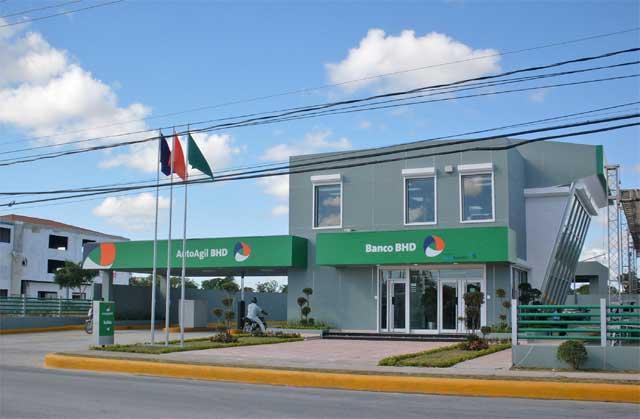 BID concede préstamo de 15 millones de dólares al banco dominicano BHD