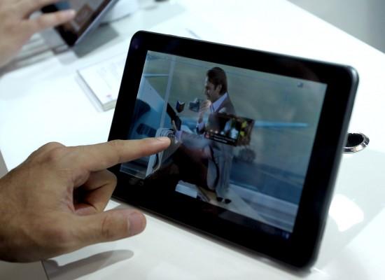 Científicos crean tabletas electrónicas en tres dimensiones sin gafas