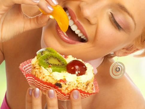 Comer dos piezas de fruta ayuda a combatir la depresión, según un estudio