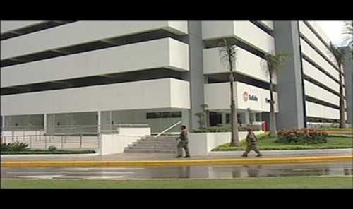 Edificio de parqueos de la UASD costó casi lo mismo que Boca de Cachón