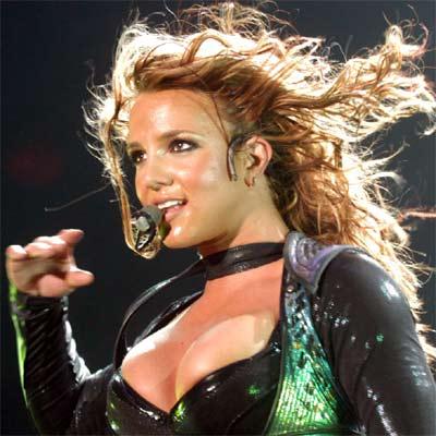 Britney Spears rompe con su novio por infiel