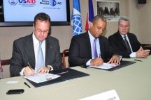 USAID y Banco Mundial firman acuerdo para fortalecer democracia en el país