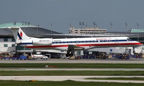 Aerolínea cancela varios vuelos por tormenta Emily