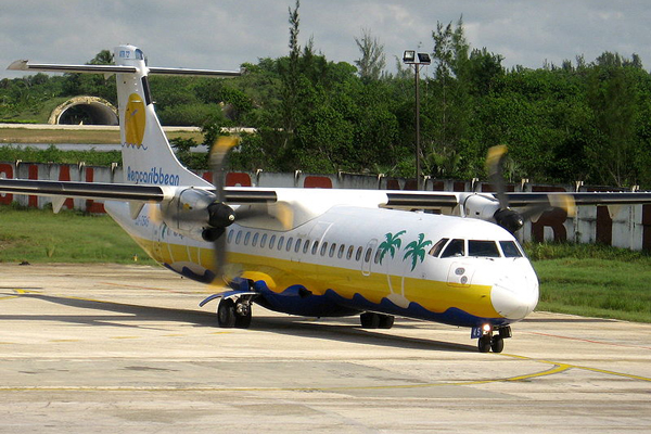 Llega a Cuba primer vuelo comercial directo desde Puerto Rico en medio siglo