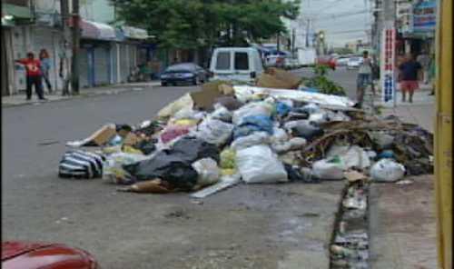 Residentes en Guachupita y Los Guandules preocupados por tormenta y calles llenas de basura