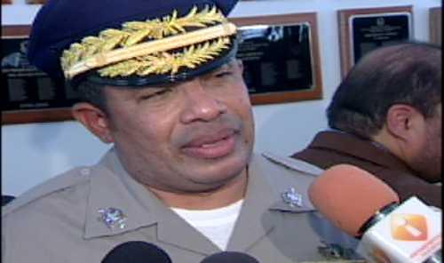 Jefe PN exhorta a prófugo que se entregue por asesinato de José Silvestre