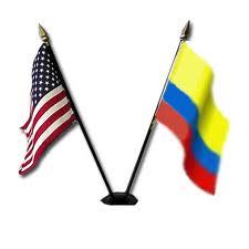 Escándalo en Colombia por informe de Post sobre uso de ayuda Estados Unidos en escuchas