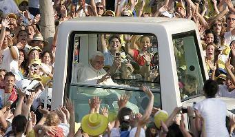 El papa denuncia un rechazo al cristianismo en la sociedad