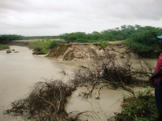 INDRHI inicia trabajos en canal Cristóbal en la provincia Independencia