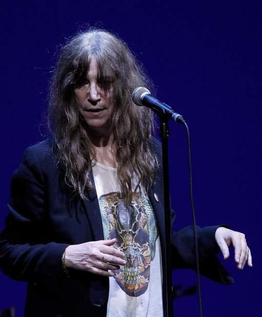 Cantante Patti Smith adaptará sus propias memorias para película de Hollywood