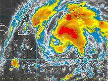 Puerto Rico espera acumulaciones de más de 10 pulgadas de agua ante paso de Irene