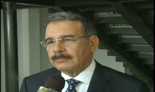 Danilo desmiente cables Wikileaks; dice no habla con extranjeros de líderes dominicanos