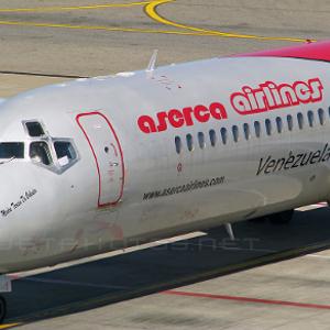 Aerolínea venezolana Aserca suspende vuelos a República Dominicana y Curazao