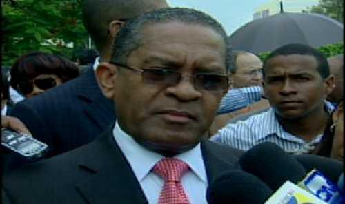UASD sigue en manifestaciones por deficit