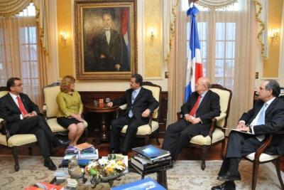 Presidente Fernández recibe Ministra de Relaciones Exteriores para las Américas y Asuntos Consulares de Canadá