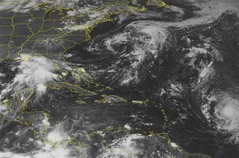 Tormenta Lee se mueve lentamente y sus lluvias podrían causar inundaciones