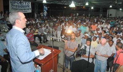 Luis Abinader expone planes Hipólito para relanzar economía y generar empleos