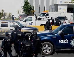 Investigan 113 policías mexicanos por supuesto nexo a delincuencia organizada