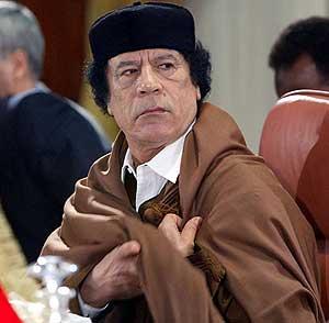 Los rebeldes libios dicen que saben dónde está Gadafi, según Sky News