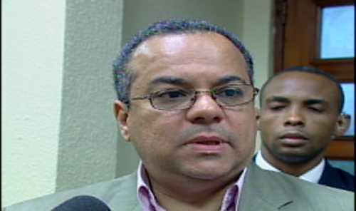 Más de 50 oficiales han sido sometidos por vinculación al crimen organizado