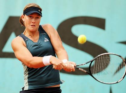 Stosur sorprendente ganadora tras superar a Serena Williams