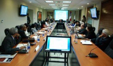 CNSS aprueba incremento transitorio del Seguro Familiar de Salud