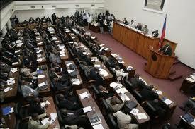 Senador haitiano pide al Gobierno tratar con dignidad a sus compatriotas