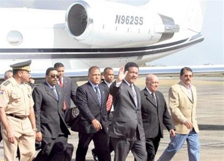 Presidente Fernández viaja a Venezuela para cumbres de CELAC y Petrocaribe