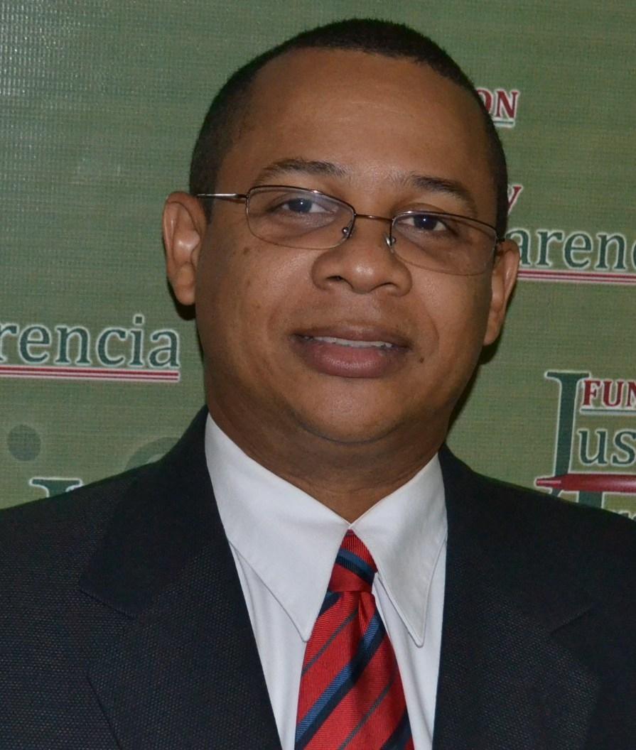 Fundación Justicia y Transparencia pide al DPCA  investigar denuncia de enriquecimiento ilícito