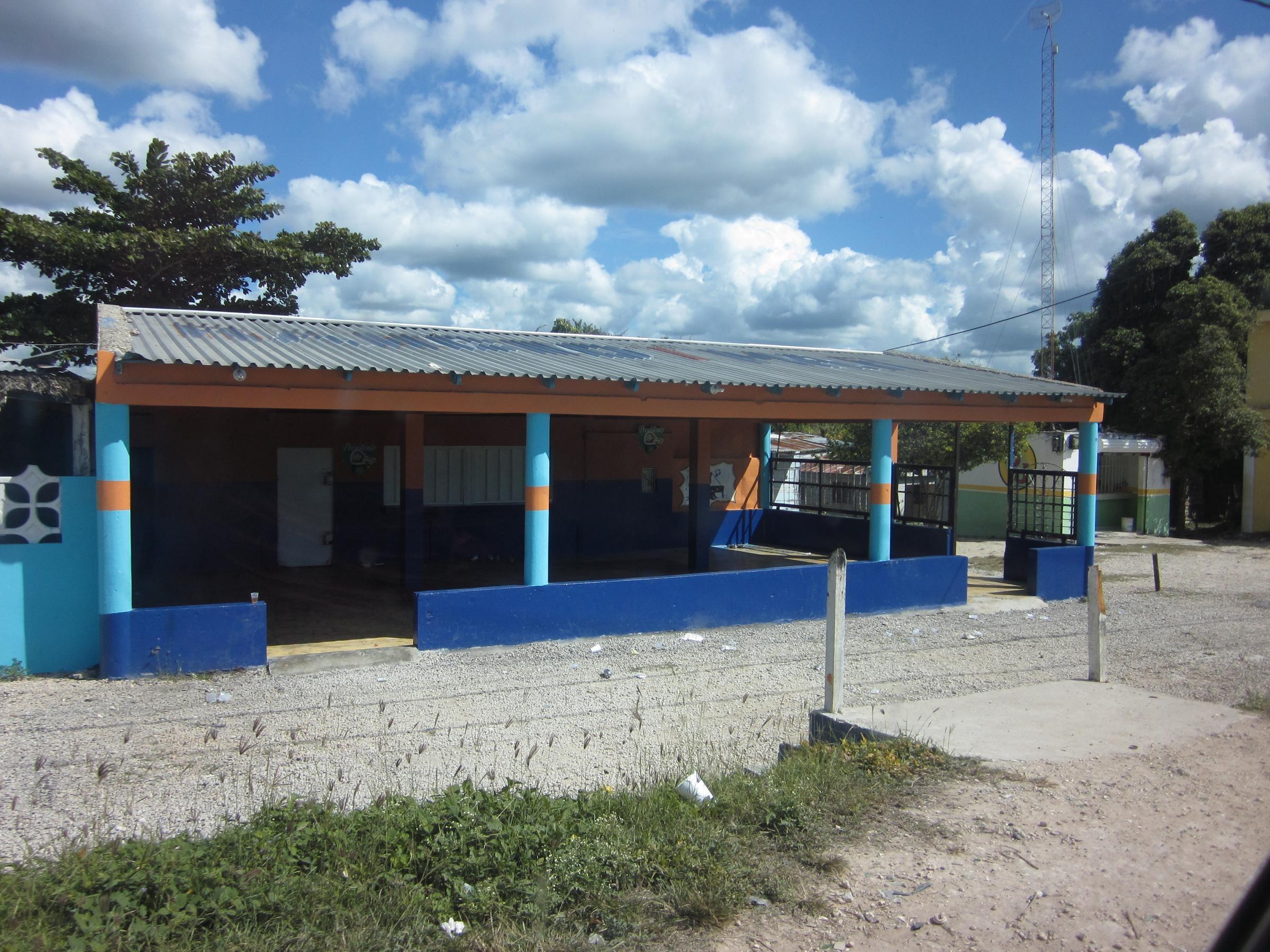 Rescatan tres menores que eran explotadas sexualmente en negocio de Boca Chica