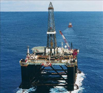 El crudo de Texas abre con un descenso del 0,81 % hasta 98,84 dólares