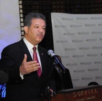 Leonel Fernández confía en fortalecer vínculos entre mundo árabe y América Latina
