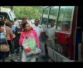 Dominicanos aprovechan feriado navideño para viajar al  interior de RD (video)