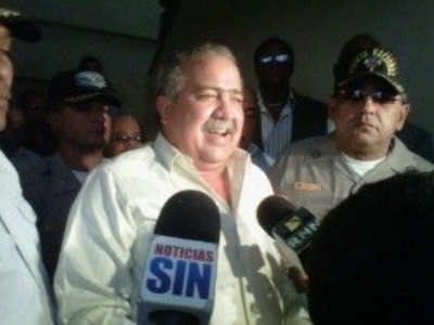 Tonty Rutinel permanecerá en prisión debido a que se niega firmar contratos de fianza