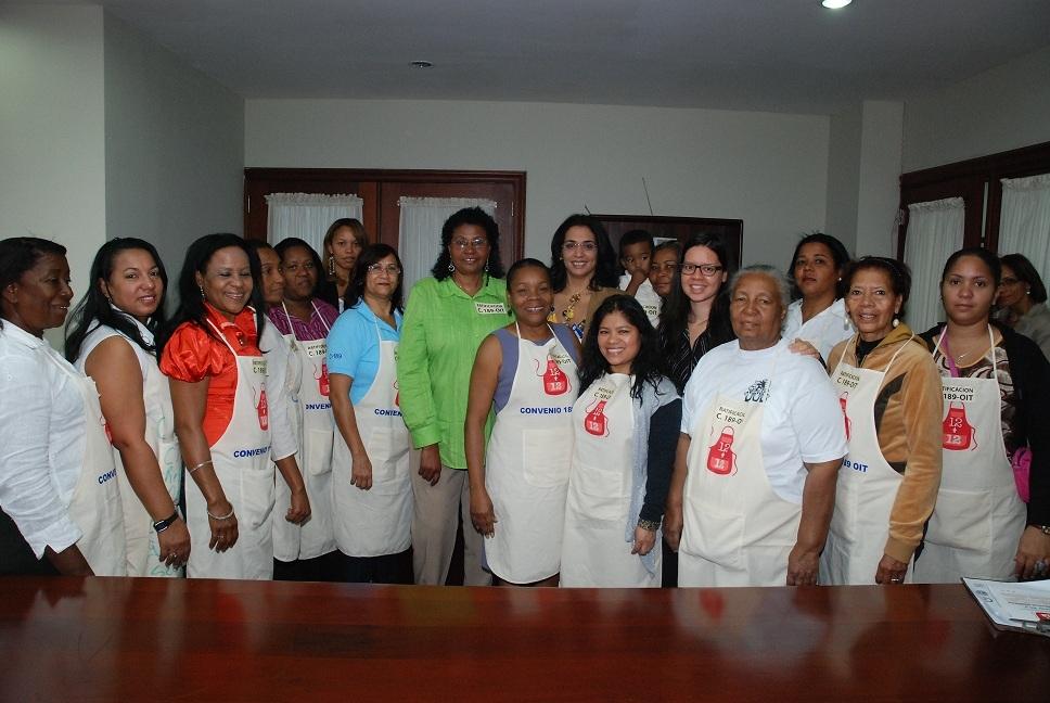 MT defiende derechos trabajadoras domésticas; llama a que se les pague regalía pascual
