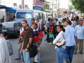 Transportistas dejan sin efecto aumento de pasaje (video)