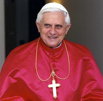 El papa apuesta por diálogo político en Siria en presencia de observadores