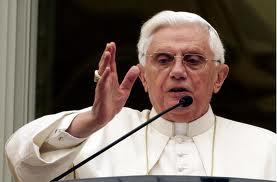 Benedicto XVI aprueba hoy la liturgia de iniciación del Camino Neocatecumenal