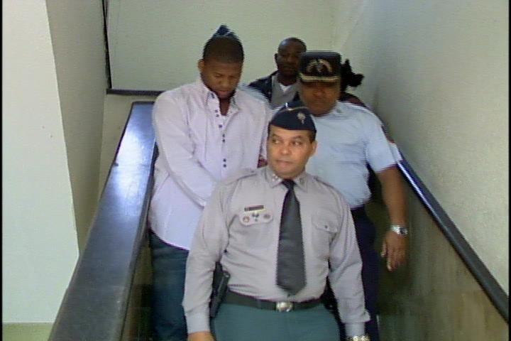 Pelotero Fausto Carmona queda en libertad al pagar fianza de 500 mil pesos