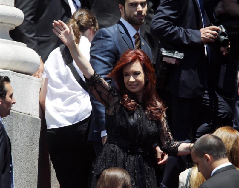 Comenzó operación a presidenta argentina para extirparle cáncer de tiroides