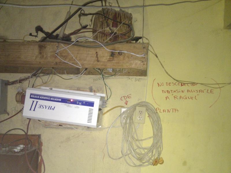 Desmantelan conexiones ilegales y someten a la justicia a tres por fraude eléctrico en Boca Chica