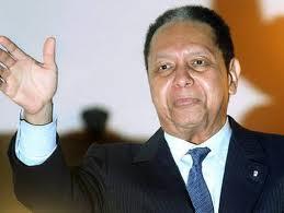 Juez recuerda a Duvalier no puede desplazarse y debe obedecer orden judicial