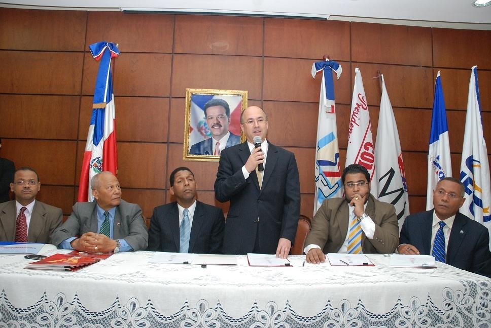 Superintendencia de Pensiones respalda propuesta del Ministerio de Trabajo a constructores