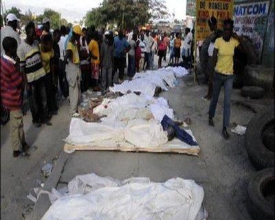 Los haitianos se manifiestan para recordar a las víctimas del terremoto